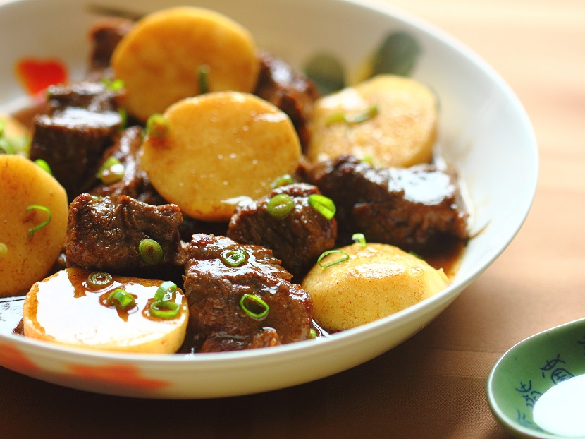 Braised beef and arrowhead with five-spice powder